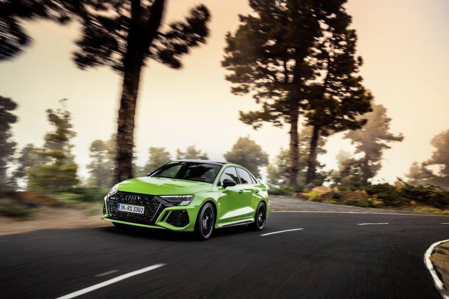 2022-Audi-RS3-10
