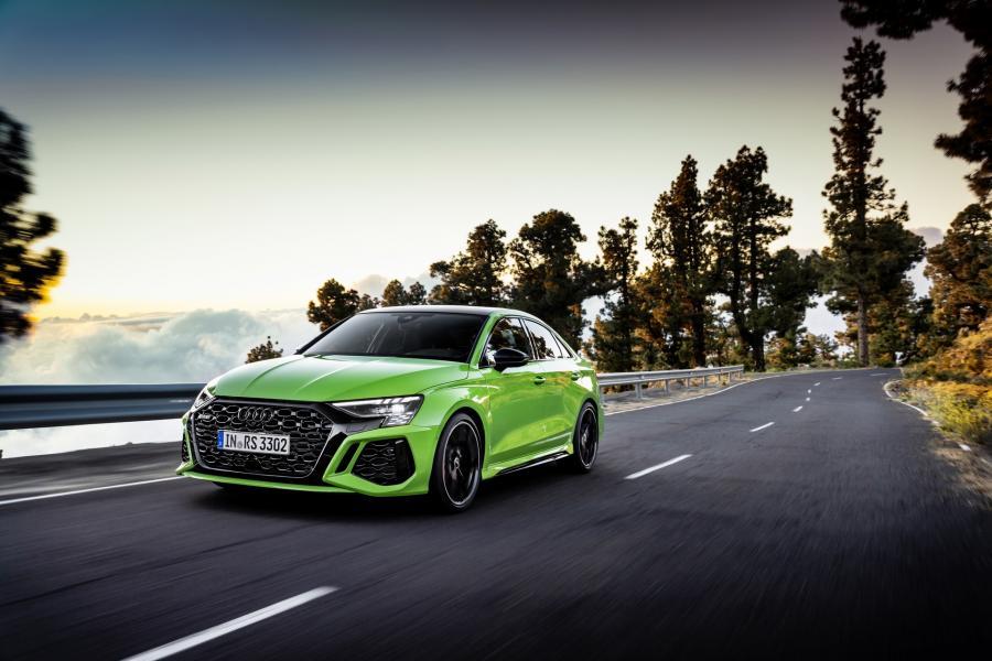 2022-Audi-RS3-13