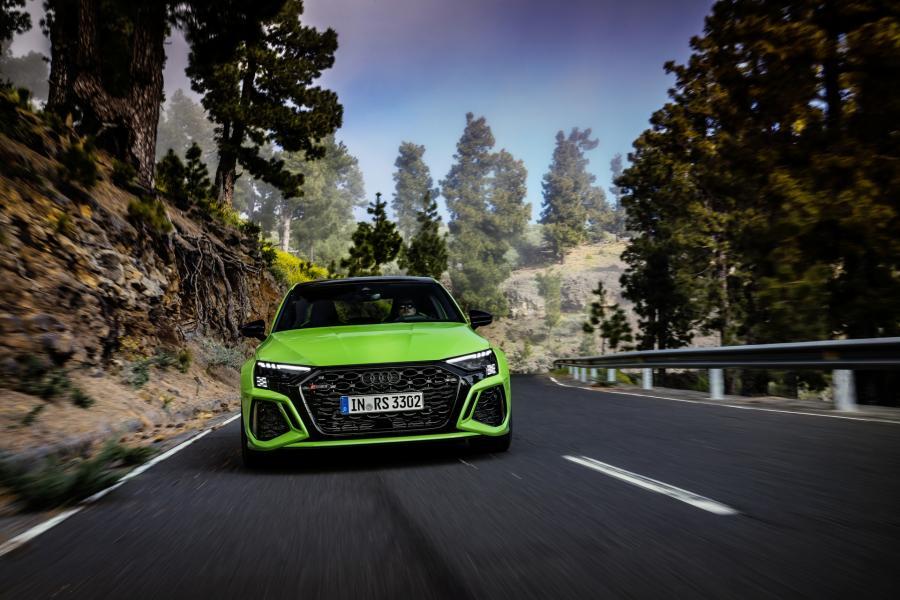 2022-Audi-RS3-14