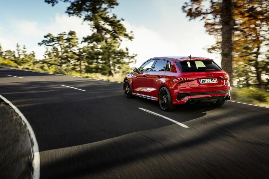 2022-Audi-RS3-4