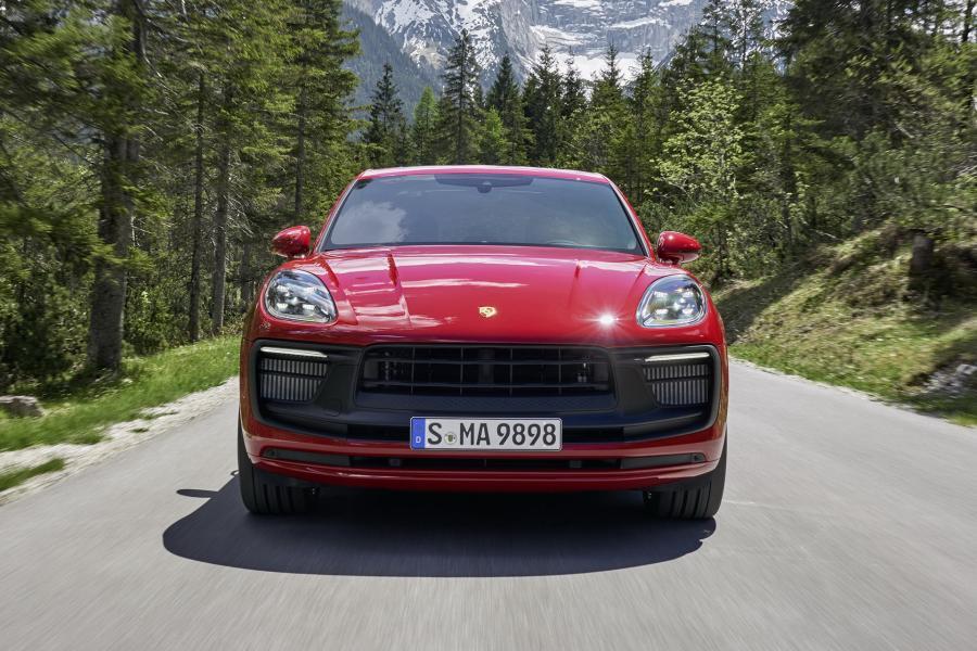 2022-Porsche-Macan-Facelift-1