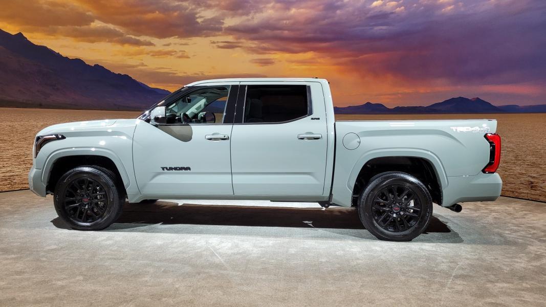 2022-Toyota-Tundra-585