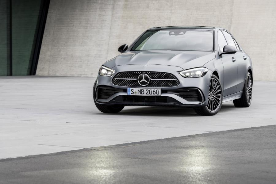 2022-Mercedes-Benz-C-Class-1-1