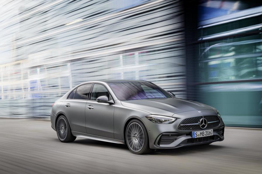 2022-Mercedes-Benz-C-Class-11-1