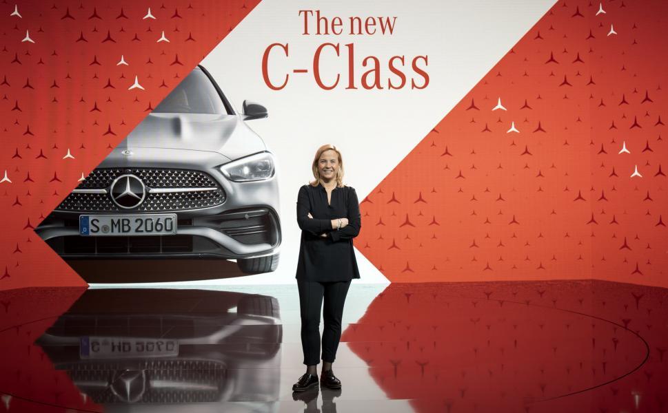 2022-Mercedes-Benz-C-Class-144