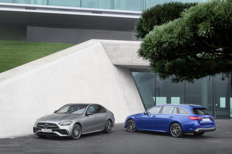 2022-Mercedes-Benz-C-Class-20-1