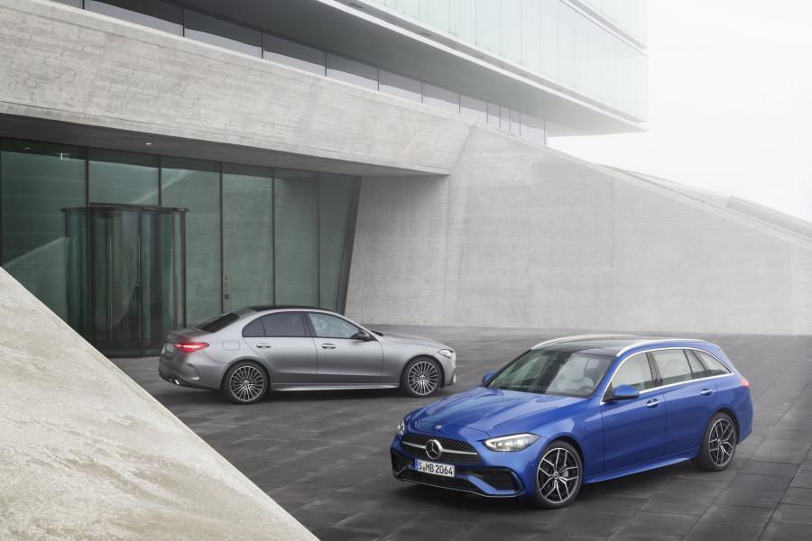 2022-Mercedes-Benz-C-Class-21-1