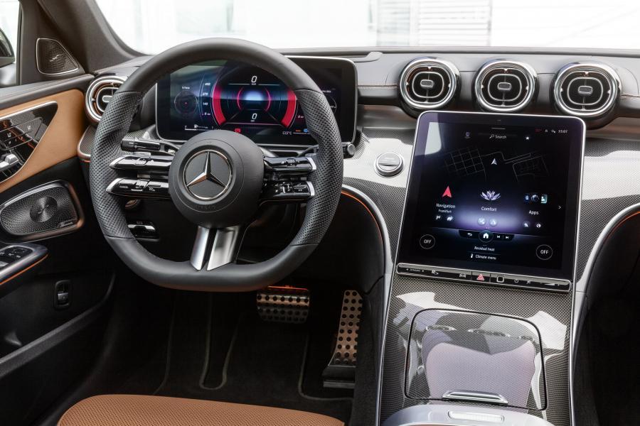 2022-Mercedes-Benz-C-Class-27-1