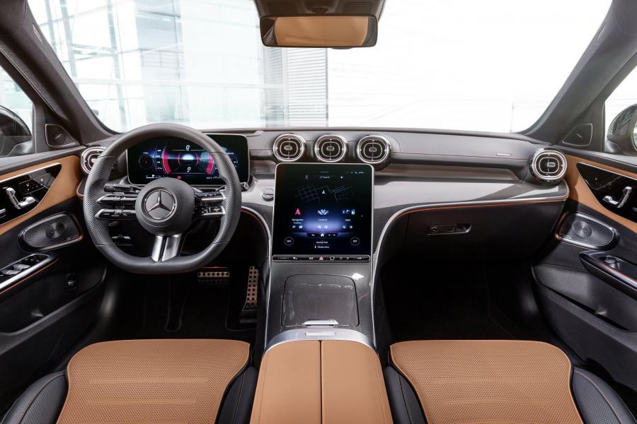 2022-Mercedes-Benz-C-Class-28-1