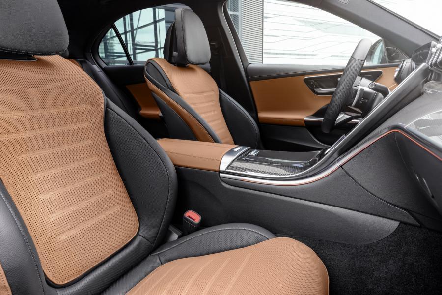 2022-Mercedes-Benz-C-Class-31-1