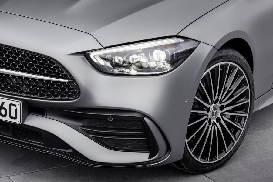 2022-Mercedes-Benz-C-Class-34-1