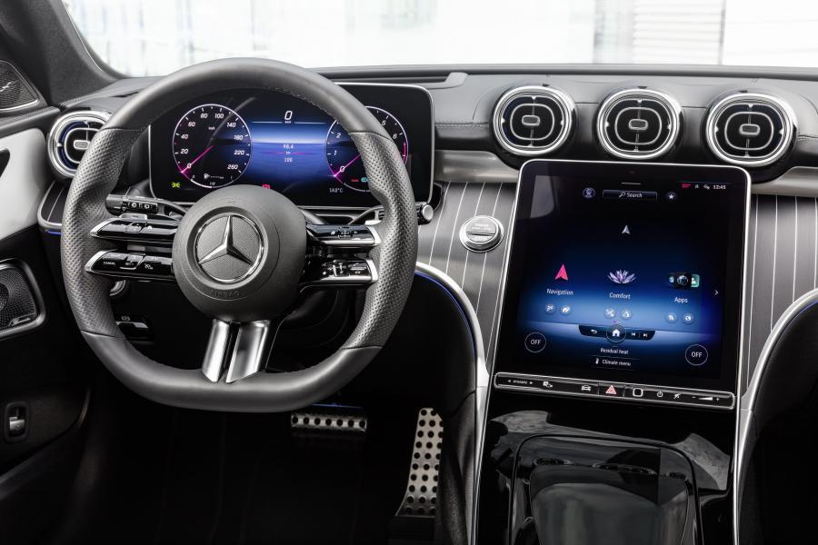 2022-Mercedes-Benz-C-Class-49-1