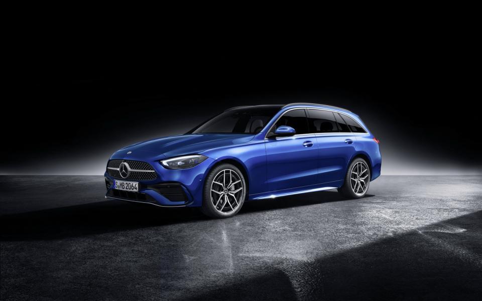 2022-Mercedes-Benz-C-Class-81-1