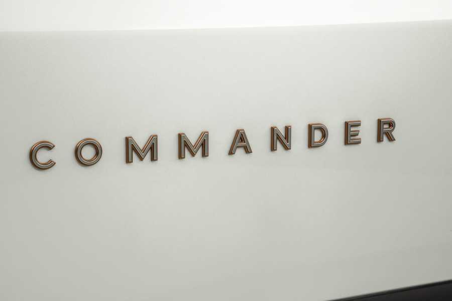 Jeep_Commander_2022-16