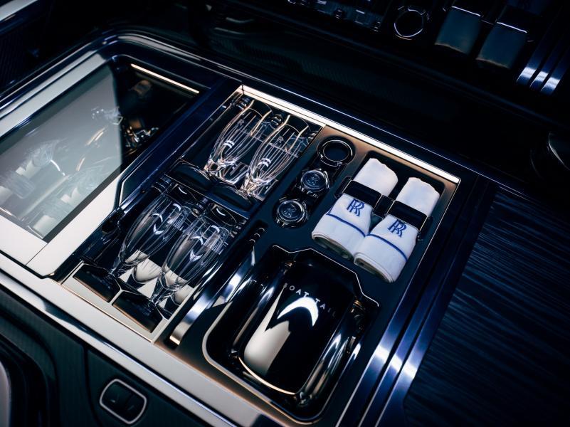Rolls-Royce-Boat-Tail-18