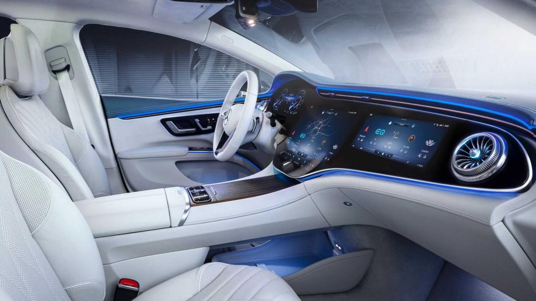 2022-mercedes-benz-eqs-interior-15