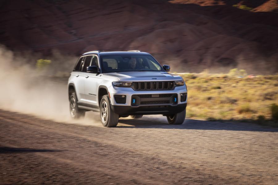 2022-Jeep-Grand-Cheroke-7