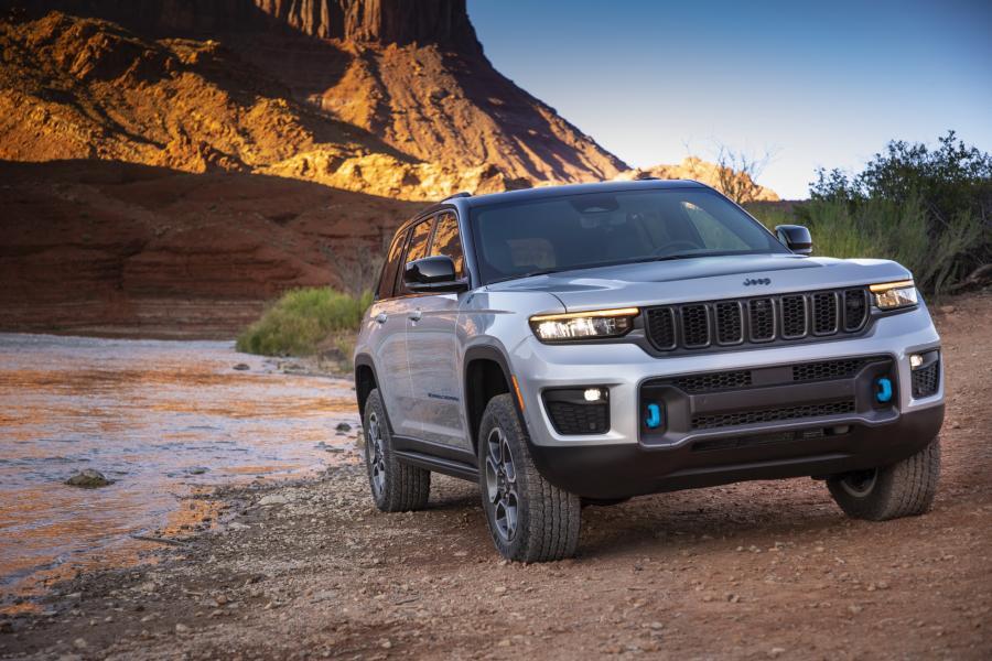 2022-Jeep-Grand-Cheroke-8