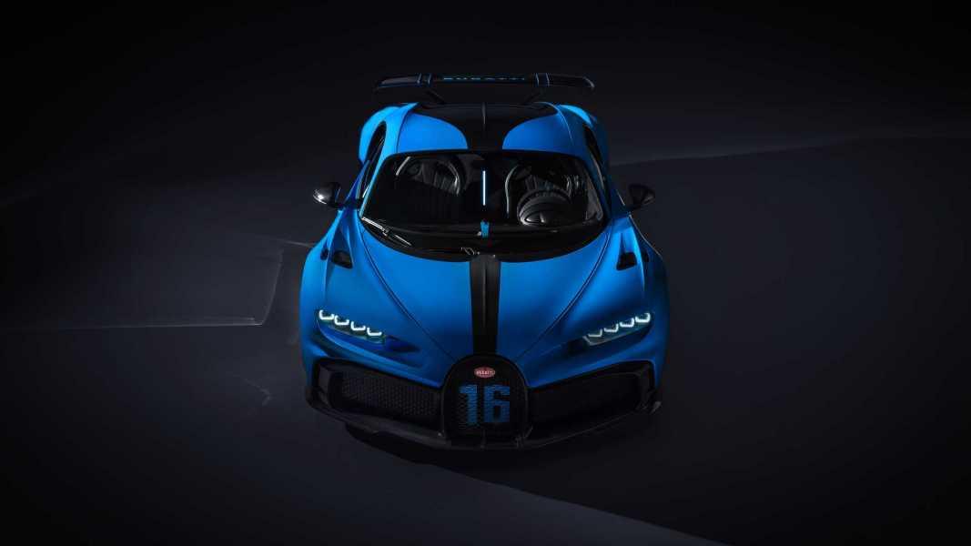 bugatti-chiron-pur-sport-2020-22