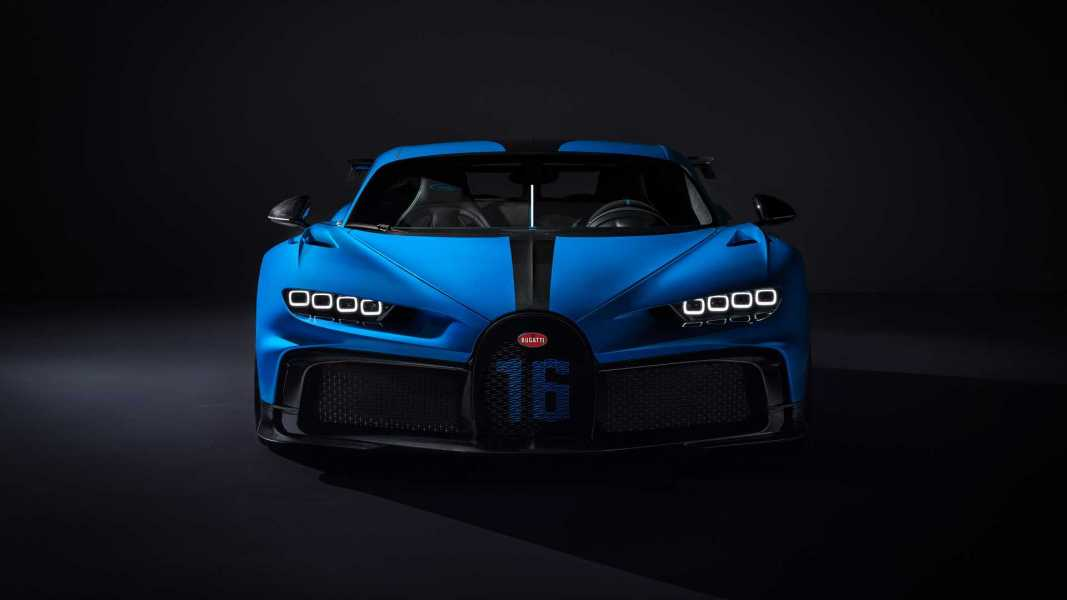 bugatti-chiron-pur-sport-2020-26