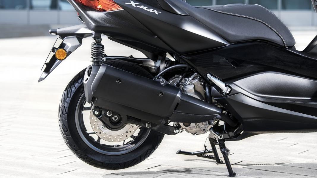 2019-Yamaha-XMAX300ASP-EU-Sword_Grey-Detail-006-03