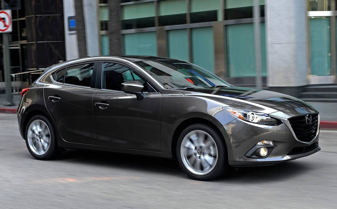 el mazda 3 sport grand touring en 5 puntos esenciales. Black Bedroom Furniture Sets. Home Design Ideas