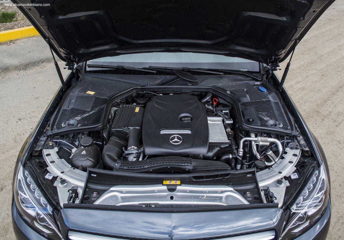 Mercedes-Benz Clase C 180 Prueba en Colombia, Test Drive