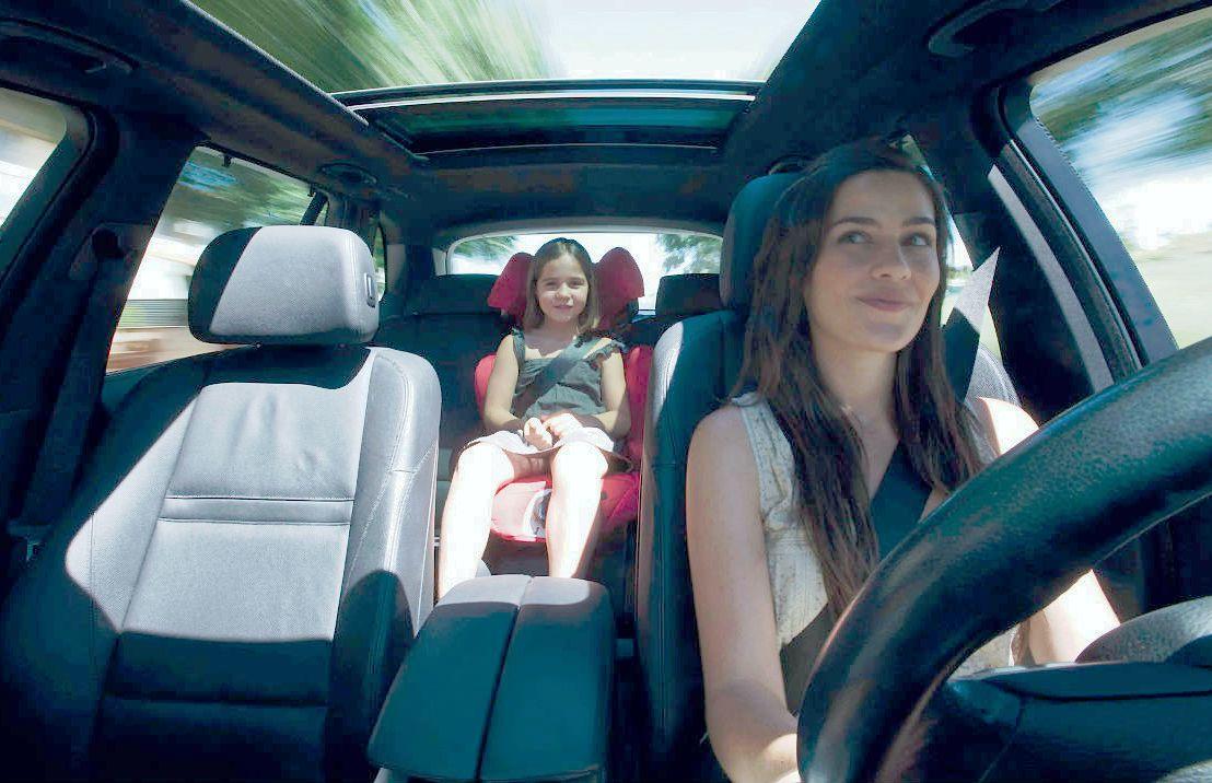consejos para mujeres, carros para mujeres, carros para mamá, mujeres y autos, autos para mujeres, autos para mamá, día internacional de la mujer, día de la mujer, día de la madre, día de las madres, conduccion mujeres, mujeres conduciendo, consejos de conduccion para mujeres, mujeres al volante, zapatos ideales para conducir