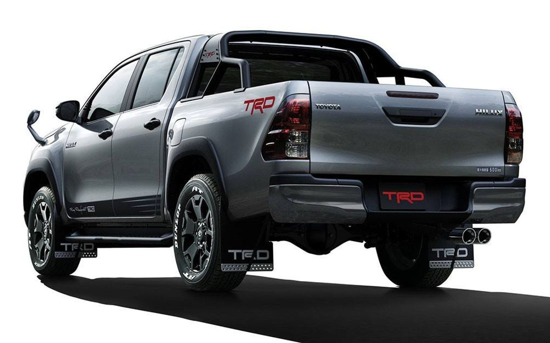 toyota hilux black rally edition, toyota hilux gr-s, toyota hilux gr sport, toyota hilux black rally edition 2019, toyota salon de tokio 2019, toyota hilux deportiva, toyota hilux trd, toyota hilux trd 2019