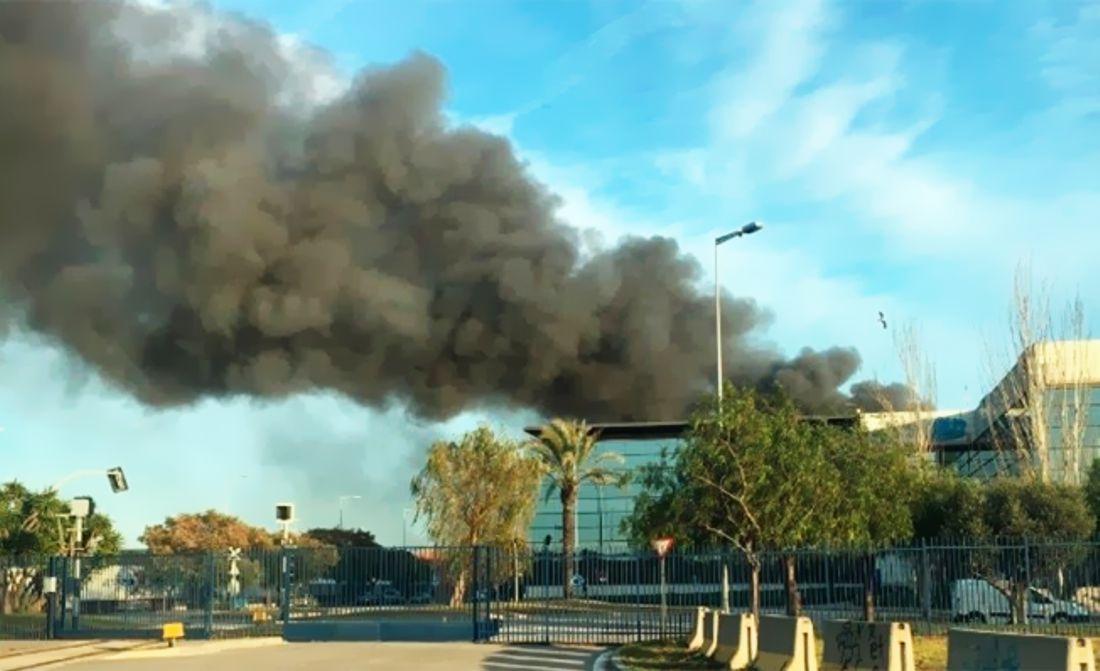incendio en museo de coches clasicos seat barcelona