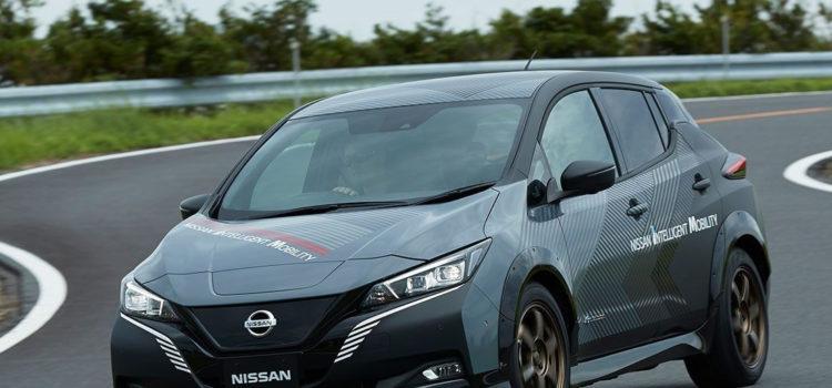 Nissan leaf twin motor, nissan leaf, nissan eléctrico, nissan leaf prototipo, nissan prototipo, nissan, carros eléctricos, nuevos modelos, salón de tokio