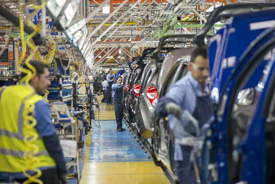 gm sudamerica, gm colombia, chevrolet, carlos zarlenga, plantas de autos colombia, inversion automotriz colombia, fabricas de autos colombia, inversion colombia, movilidad sostenible, carros electricos colombia