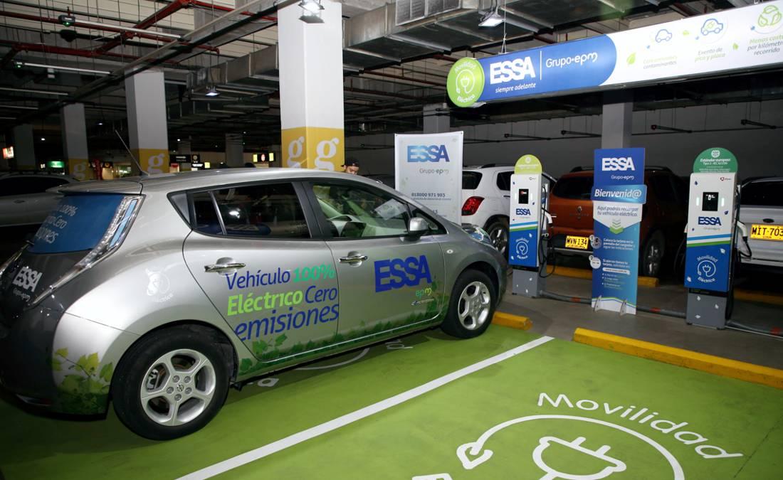 carros electricos en bucaramanga, estacion de recarga para carros electricos, estaciones de recarga carros electricos en colombia, carros electricos en colombia, recarga de carros electricos en colombia, puntos de carga rapida para carros electricos en colombia