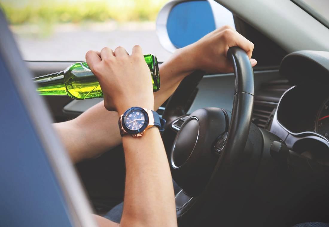 sanciones por conducir en estado de embriaguez, multas por conducir embriagado, conducir con embriaguez, manejar borracho, multas de transito en colombia 2019, multas por conducir borracho, multas por alcoholemia en 2019, que pasa si manejo tomado, sanciones por conducir en estado de ebriedad, multas por manejar ebrio en colombia 2019