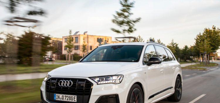 Audi Q7, Audi Q7 híbrido, Audi Q7 híbrido versiones, Audi Q7 híbrido Alemania, Audi Q7 híbrido Europa, Audi Q7 híbrido Lanzamiento, Audi Q7 híbrido características, Audi Q7 híbrido fotos