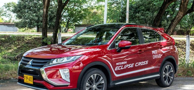 mitsubishi eclipse cross, mitsubishi eclipse cross colombia, mitsubishi eclipse cross caracteristicas, mitsubishi eclipse cross suv, mitsubishi eclipse cross precio colombia, mitsubishi eclipse cross 4x4, mitsubishi eclipse cross awd, mitsubishi eclipse cross full, mitsubishi eclipse cross comentarios, mitsubishi eclipse cross prueba de manejo, mitsubishi eclipse cross test drive, mitsubishi eclipse cross ficha tecnica, mitsubishi eclipse cross dimensiones, mitsubishi eclipse cross equipamiento, mitsubishi eclipse cross motorysa, mitsubishi eclipse cross seguridad, mitsubishi eclipse cross 2019, mitsubishi eclipse cross 2020