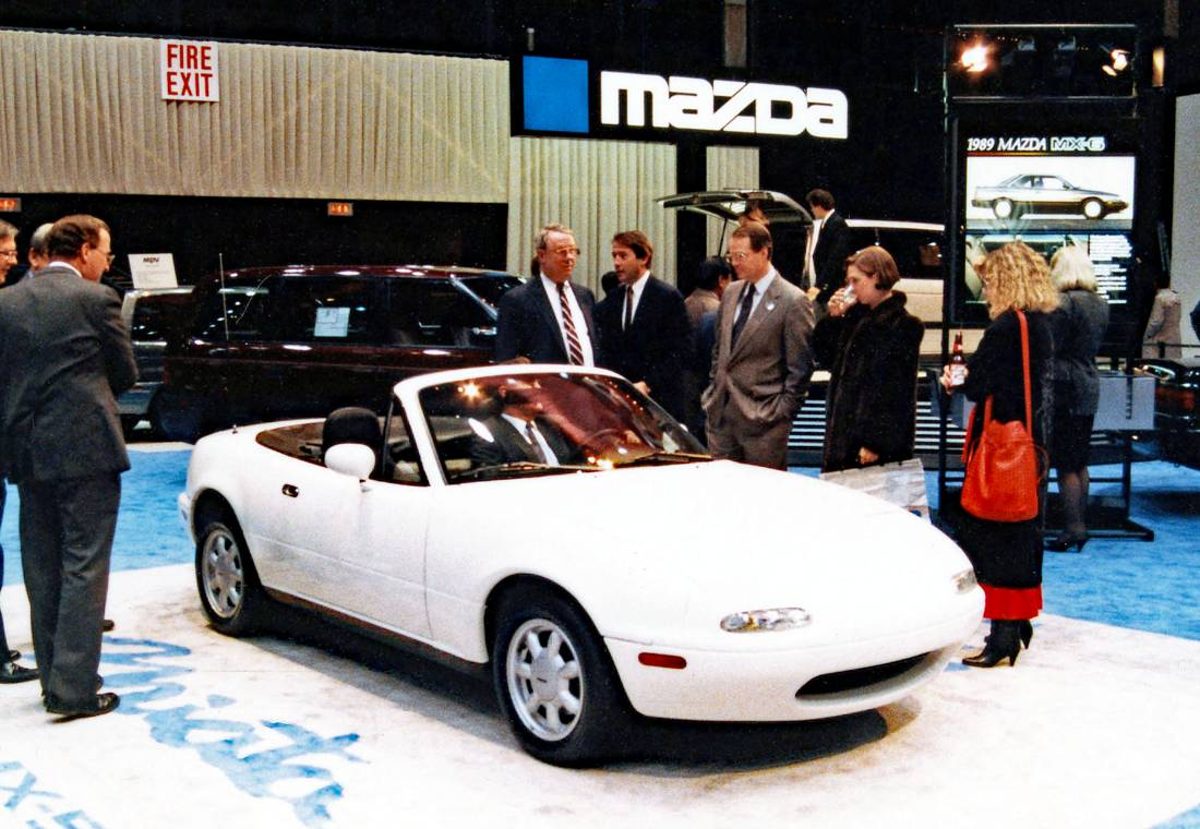 mazda mx-5 1989, mazda miata 1989, mazda mx-5 1991, mazda miata 1991 colombia, mazda mx-5 primera generacion, mazda mx-5 mk1, mazda mx-5 primeros, mazda mx-5 roadster, mazda roadster 1989, eunos roadster, mazda mx-5 1989 caracteristicas, mazda mx-5 historia, mazda mx-5 1989 ficha tecnica, mazda mx-5 30 años