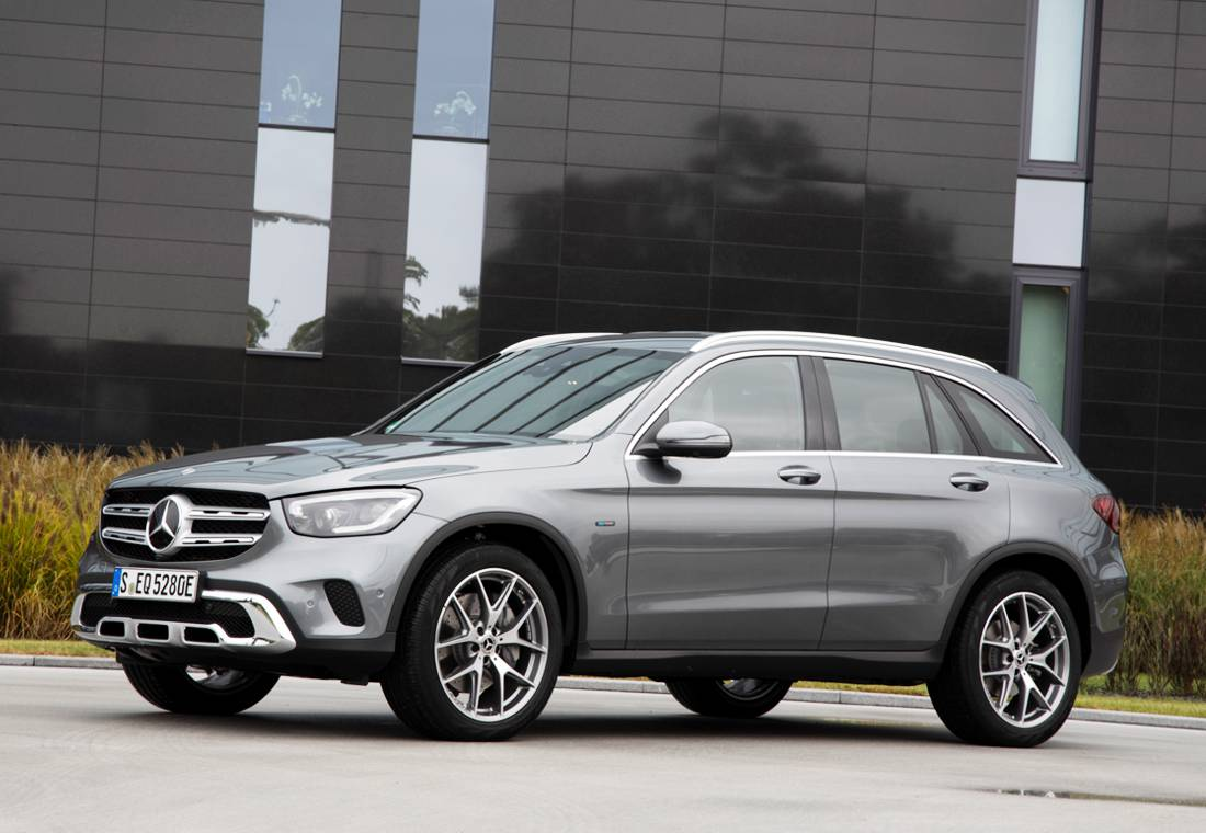 mercedes benz glc 300 e 4matic, mercedes benz glc 300 e 4matic coupe, mercedes benz glc 300 e 4matic colombia, mercedes benz glc 300 e 4matic coupe colombia, mercedes benz glc 300 e 4matic precio, mercedes benz glc 300 e 4matic precio colombia, mercedes benz glc 300 e 4matic caracteristicas, mercedes benz glc 300 e 4matic ficha tecnica, mercedes benz glc 300 e 4matic hibrida, mercedes benz glc 300 e 4matic autonomia electrica, suv mercedes benz en colombia, camionetas mercedes benz en colombia, carros hibridos en colombia, carros hibridos enchufables en colombia, mercedes benz hibridos en colombia