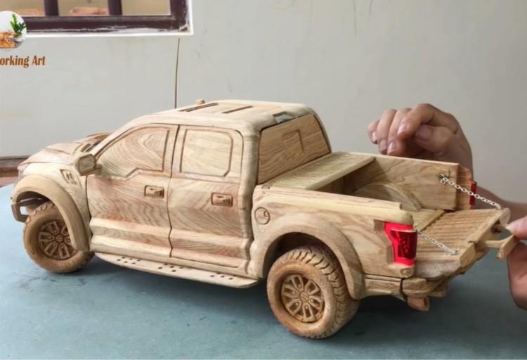 ford f-150 raptor, ford f-150 raptor en madera, ford f-150 raptor version a escala, ford f-150 raptor modelo a escala
