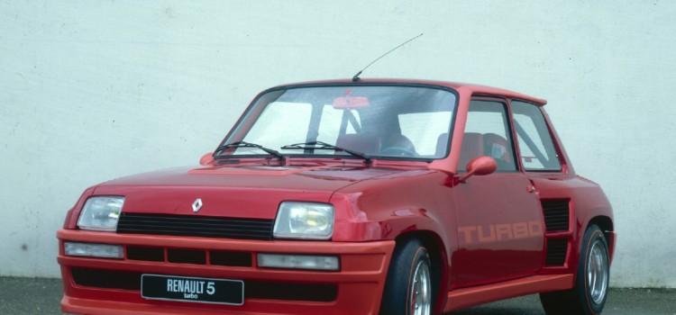 Renault 5 Turbo, Renault 5 Turbo fotos, Renault 5 Turbo historia, Renault 5 Turbo características, Renault 5 Turbo campeonatos, Renault 5 Turbo competencias, Renault 5 Turbo rally, Renault 5 Turbo mundial de rally, historia del mundial de Rally, Carros deportivos de Renault, Carros compactos deportivos de Renault, Hot Hatch de Renault, Renault 5 turbo Colombia