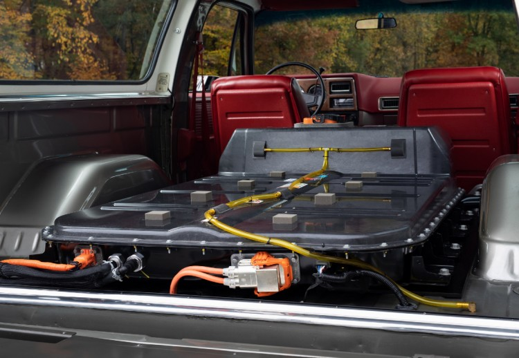 Chevrolet, Chevrolet Carros Eléctricos, Chevrolet K5 Blazer, Chevrolet K5 Blazer electrico, Chevrolet K5 Blazer Fotos, Chevrolet eCrate, Chevrolet paquete eléctrico, Paquetes para convertir carros a eléctricos