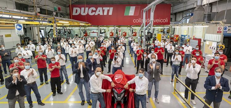 Ducati Multistrada V4, Ducati Multistrada V4 fotos, Ducati Multistrada V4 caracteristicas, Ducati Multistrada V4 2020, Ducati Multistrada V4 2021, Nueva Ducati Multistrada V4, Nueva Ducati Multistrada, Ducati deportiva, Ducati deportiva 2020