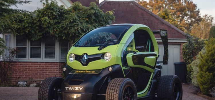 Renault Twizy, Renault Twizy F1, Renault Twizy modificado, Renault Twizy Oakley Design, Renault Twizy deportivo, Carros modificados, carros electricos modificados, carros compactos modificados
