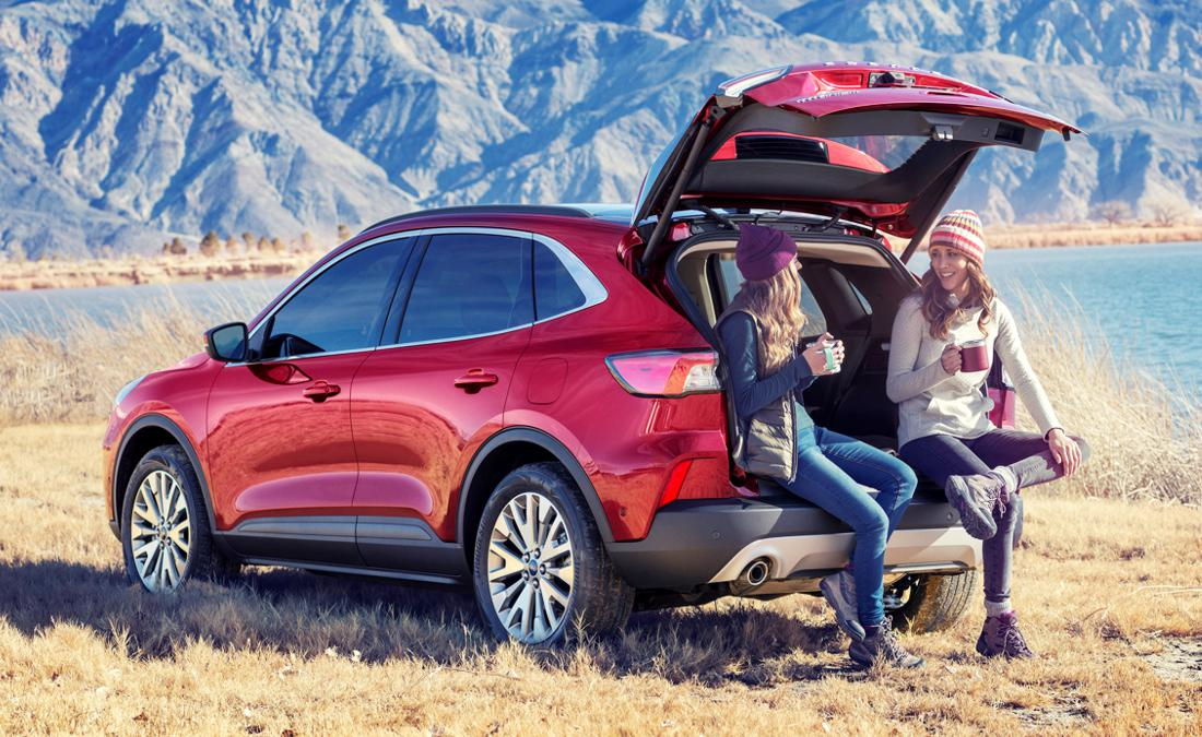 En este Día de la Mujer, recopilamos cinco carros actualmente vigentes en el mercado nacional que las mujeres han escogido como sus favoritos en tiempo reciente. Diseño, confort y seguridad, las características más valoradas.