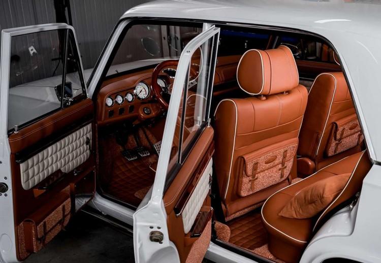 Lada Restomod 2101
