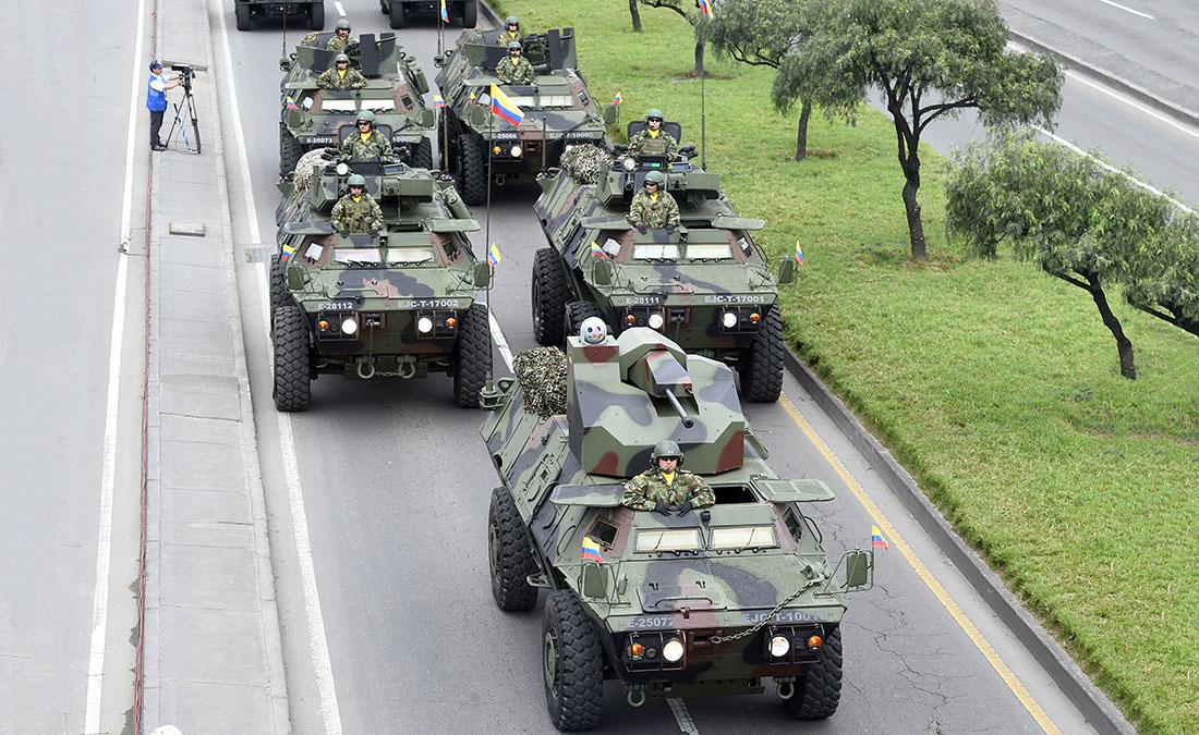Vehiculos militares colombia