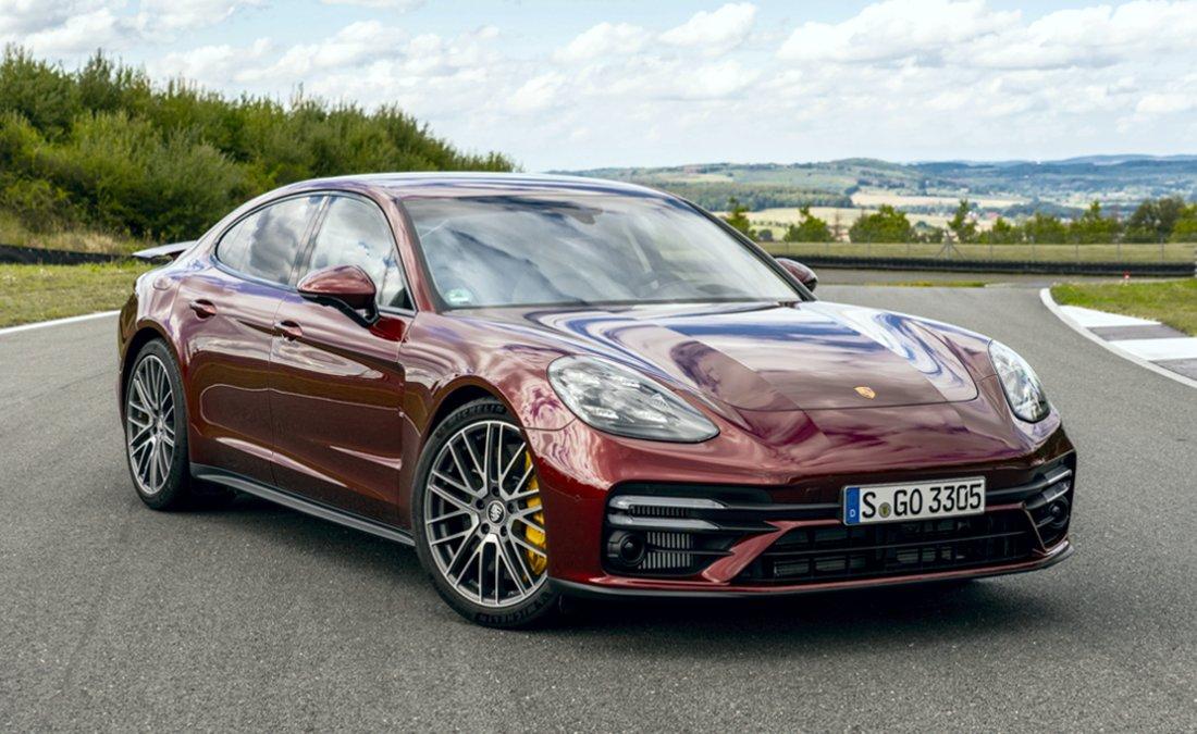 Porsche Panamera 2022