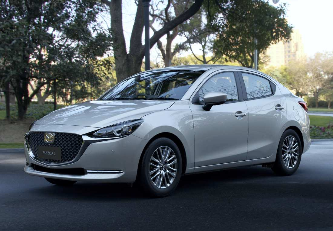 Mazda 2 Sedán 2022