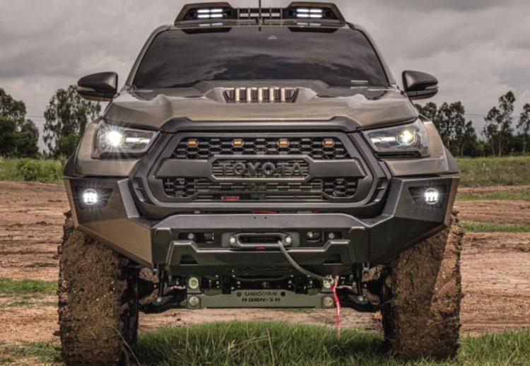 Toyota Hilux body kit