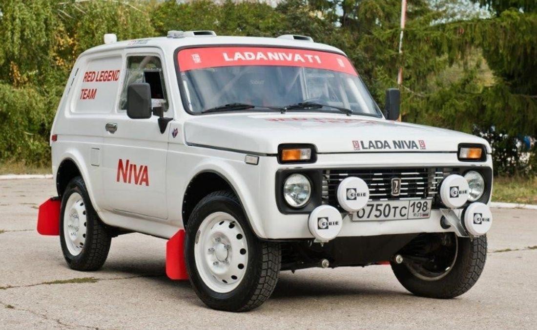 Lada Niva Rally Dakar 2022